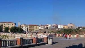 Piombino vista da Piazza Bovio