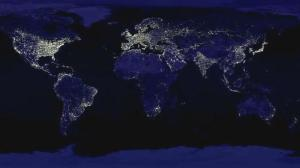 Terra illuminata di notte