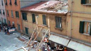 La palazzina dopo l'esplosione del 99