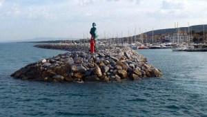 la diga del porto di San Vincenzo