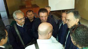 Enrico Rossi con i rappresentanti sindacali