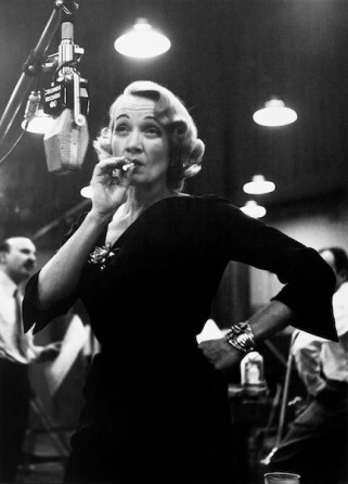 Marlene Dietrich at Columbia records studios, New York, USA, 1952© Eve Arnold / Magnum Photos.