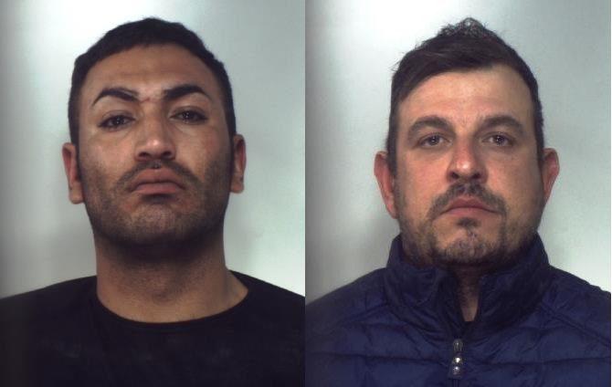 Palagonia, dentro la 'Multipla' 1 kg. di marijuana: Carabinier arrestano tre persone
