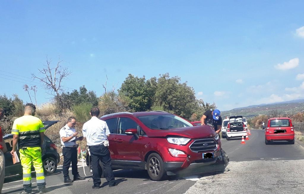 Incidente senza feriti sulla Paternò-Ragalna: sul rettilineo ad agosto morì 17enne