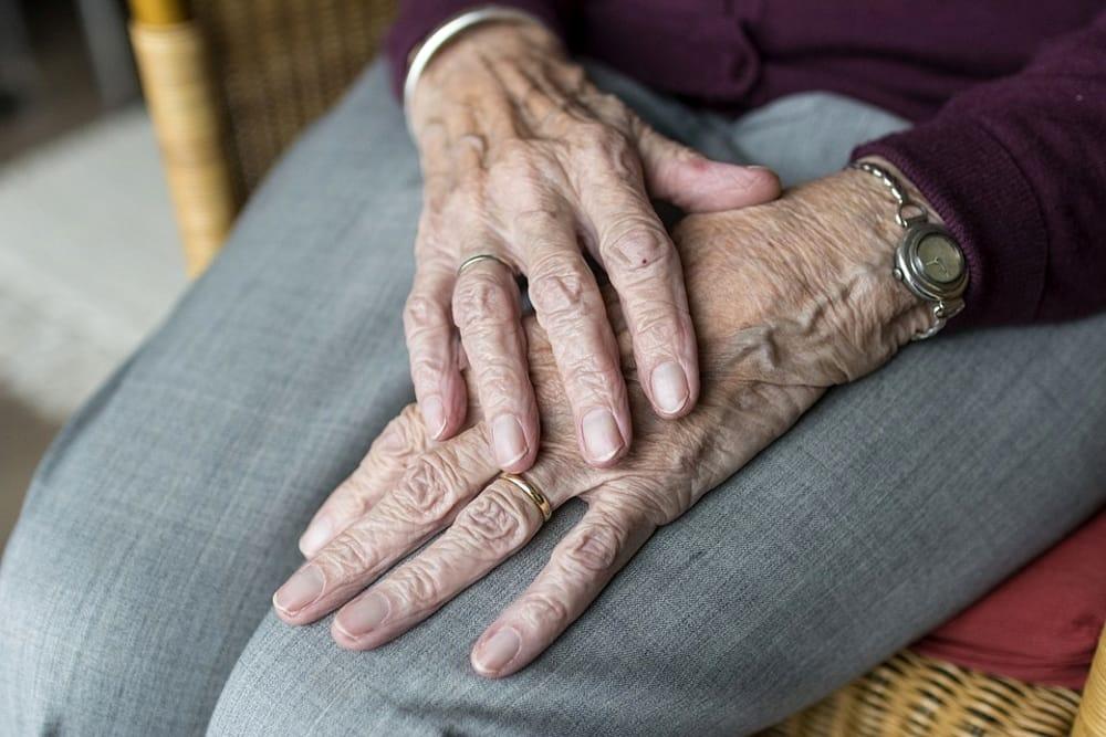 Paternò, anziano trovato morto in via Sozzi: i vicini hanno dato l'allarme