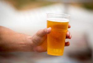 Alcol e schiamazzi: il caso Paternò. Serve un patto tra Comune, giovani e gestori di locali