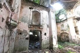 Un capolavoro di follia: la demolizione di un bene culturale. E' successo in Campania