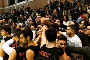 Adrano, nascerà una nuova squadra e una nuova società di basket: i giocatori 'senior' dell'ex team si organizzano dopo l'annuncio del ds