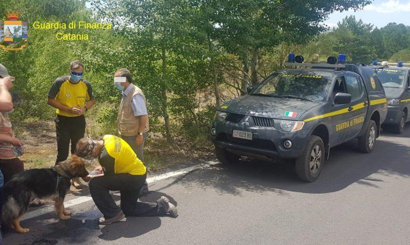 Etna, Soccorso Alpino GdF salva 42enne di Pedara disperso nell'area Filiciusa Milia di Ragalna: utilizzata unità cinofila