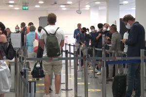 Catania, al via in aeroporto i controlli anti-Covid per i turisti che arrivano da Spagna, Grecia, Malta e Croazia