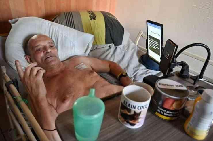Alain Cocq non morirà in diretta social: Facebook blocca il video dell'agonia in streaming