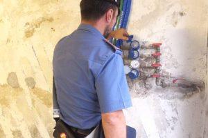 Pedara, allevatore 54enne arrestato per furto aggravato: era allacciato abusivamente alla rete idrica
