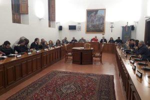 """Paternò, 11 consiglieri d'opposizione chiedono seduta urgente su sicurezza centro storico: """"Presidente Sambataro è fazioso, si dimetta"""""""