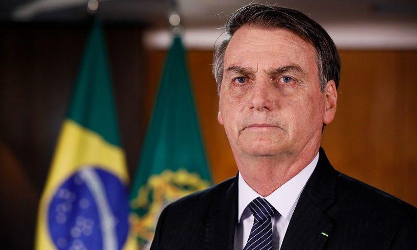 """Brasile, le uscite di Bolsonaro: """"Mi dispiace dei morti da pandemia ma un giorno moriremo tutti"""""""