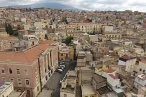 Bronte, zona rossa fino al 3 dicembre: un'altra vittima nella 'S. Vincenzo de' Paoli'. Firrarello chiede unità all'opposizione