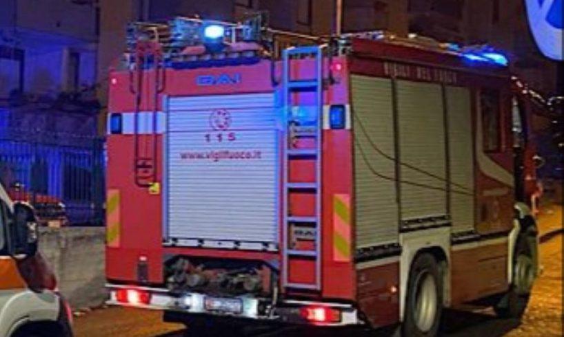S. M. di Licodia, incendio in un alloggio popolare di via Paolo VI: indagano i Carabinieri