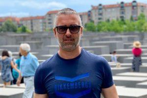 Paternò, strazio per la perdita di Seby Bellia: l'osteopata di 45anni è morto per il covid