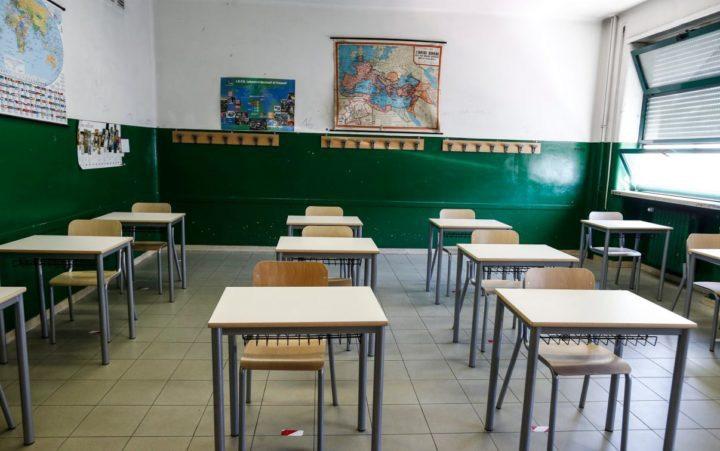 """Scuola, ricorso al TAR di 70 famiglie catanesi: """"Musumeci non doveva sospendere lezioni in presenza"""""""