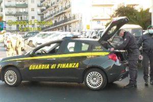 Catania, Covid e salute pubblica: sanzionati da GdF 23 cittadini e un imprenditore