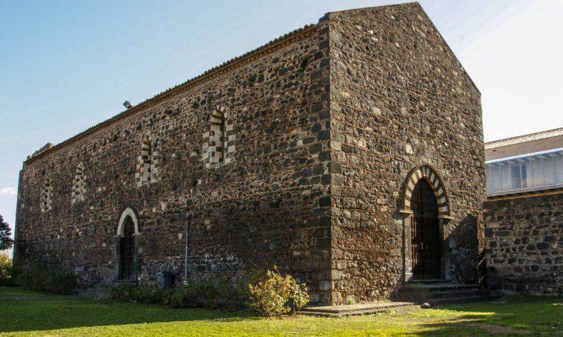 """Paternò, il Monastero di San Francesco e la destinazione scandalosa: siamo alla 'Sagra della minnulata"""""""