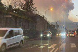 Etna, la cenere costa cara ai comuni del Catanese: Protezione Civile fa stima dei danni