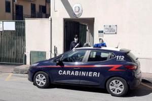 S. Pietro Clarenza, 41enne aggredisce l'ex amante e la moglie: schiaffi e calci in un incontro chiarificatore