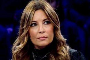 """Donne, Selvaggia Lucarelli: """"Vi racconto il mio amore tossico. Chi vive così si faccia aiutare da una psicologa"""""""