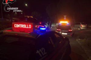 Biancavilla, 7 giovani organizzano festa privata in piena zona rossa: tutti sanzionati