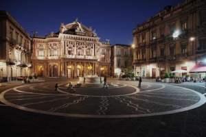 Catania, prefetto vieta movida nel centro storico: da venerdì a domenica dalle 18 alle 5
