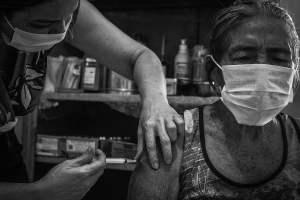 Covid, vaccinazione per indigenti e senzatetto: verso un accordo tra Asp, Croce Rossa e Comune