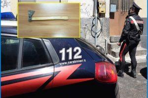Catania, botte e minacce con l'ascia al compagno: denunciata 37enne vittima della droga