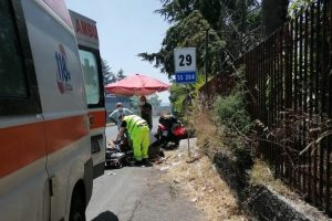 Adrano, quad perde controllo in c.da Naviccia e sbatte contro muretto: grave coppia di 60enni