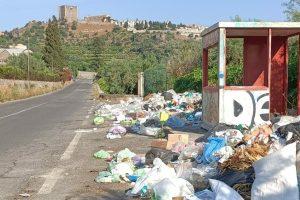 """Paternò: """"Stop alle discariche nella aree periferiche"""". Le opposizioni chiedono maggiore controllo del territorio"""