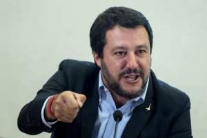 """Governo, Salvini: """"Spero che vinca Draghi e perdano Conte e Grillo"""""""