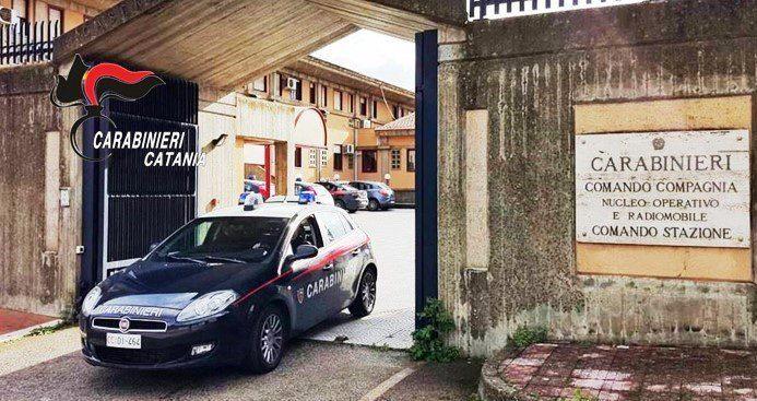 Catania, cosparge di benzina l'ex convivente e tenta di darle fuoco: arrestato mafioso di 48 anni