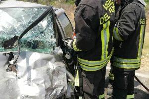 Ramacca, incidente mortale sulla 'statale' 288: scontro tra due auto. C'è anche una donna ferita