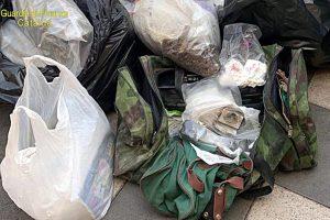 Giarre, nel cimitero oltre 50 kg di marijuana nascosta anche nei loculi: 2 persone arrestate