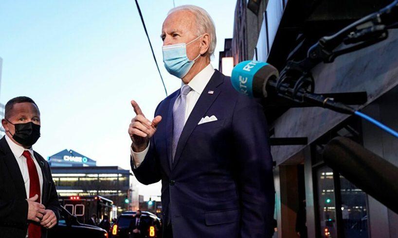 Usa, Biden vuole vaccinare tutti gli stranieri in arrivo
