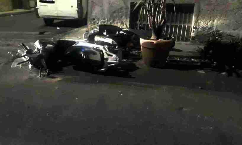 Paternò, scontro tra due scooter: 3 feriti