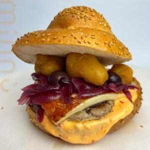 Paternò, apre 'Minnù' il panino col tuppo in chiave sicula: prodotto da una 'ghost kitchen'