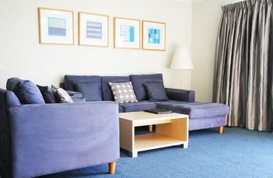 livingroom-two-bedroom-bayview