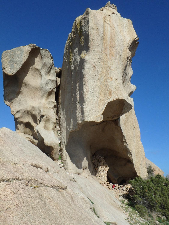 Le Lion de Roccapina  Randonner en Corse du Sud