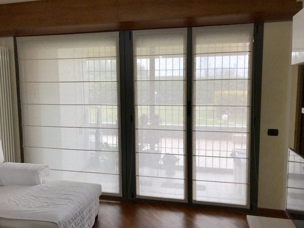 Struttura per tenda a pacchetto serie 200 · struttura per tenda a pacchetto a vetro serie 201 · struttura per tenda a pacchetto a vetro. Tende Per Interni Corsini Tendaggi Parma