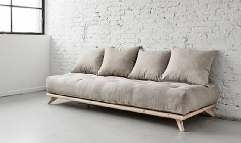 scegliere il divano per gli amici