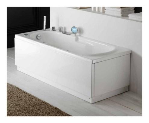 arredare un bagno quadrato vasca