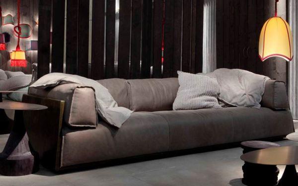 divano in pelle ed eco-pelle