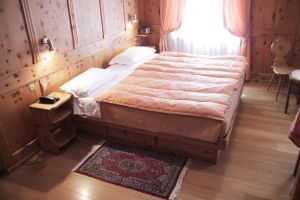%name albergo montana cortina camere 15