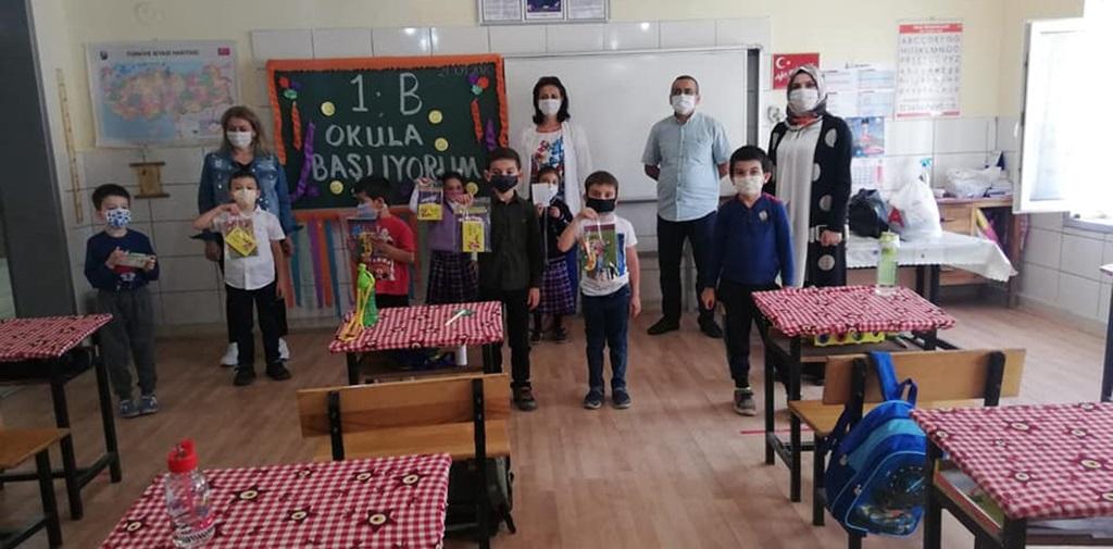 İskilip MHP Okulları Ziyaret Ediyor
