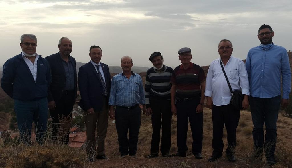 Topuz Köyü Hizmet Bekliyor