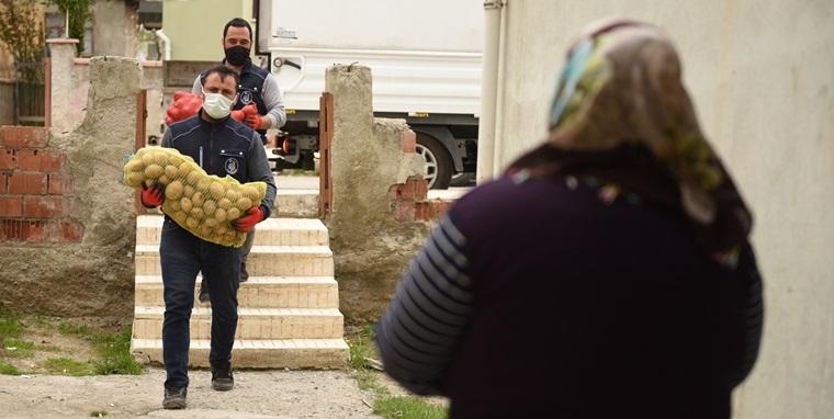 Belediyeden Patates ve Soğan Dağıtımına Destek